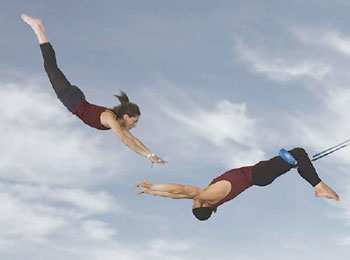 trapeze-catcher-sm